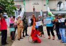 Sekber Wartawan Dan Baraya Semprot Disinfekran Rumah Ibadah Di Depok Jaya