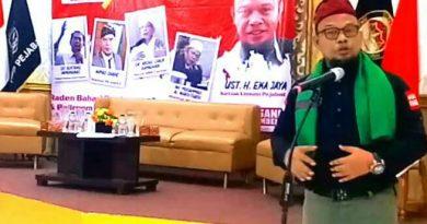 Ustadz Eka Jaya: Pejabat Harus Jadi Perekat dan Bermanfaat untuk Umat